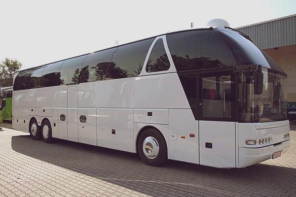 Автобус в Питер из Москвы