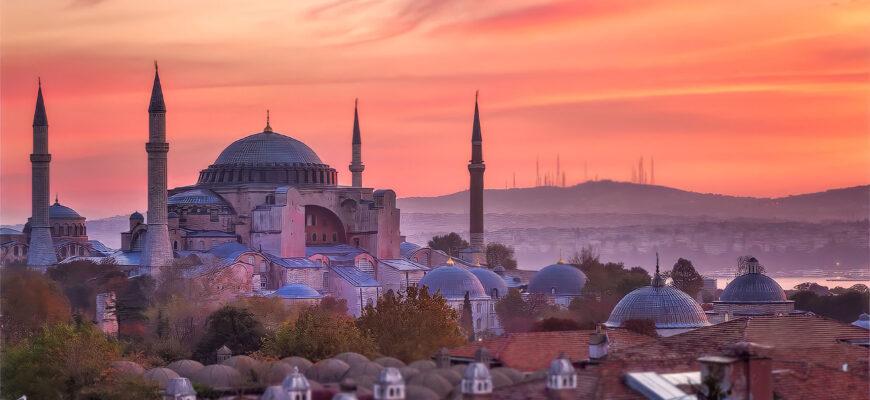 Когда лучше ехать в Турцию?